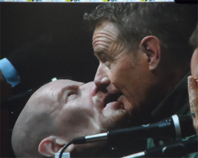 Bryan Cranston kisses Walter White Mask Breaking Bad Panel Comic-Con 2013