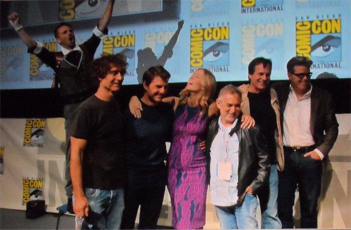 Edge of Tomorrow Comic-Con 2013 Chris Hardwick photobomb