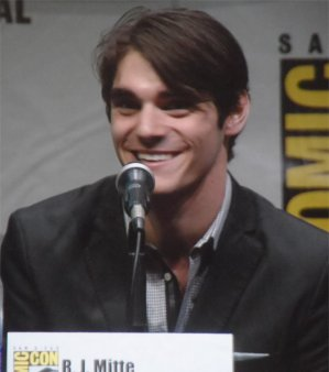 RJ Mitte as Walt White jr Breaking Bad Panel Comic-Con 2013