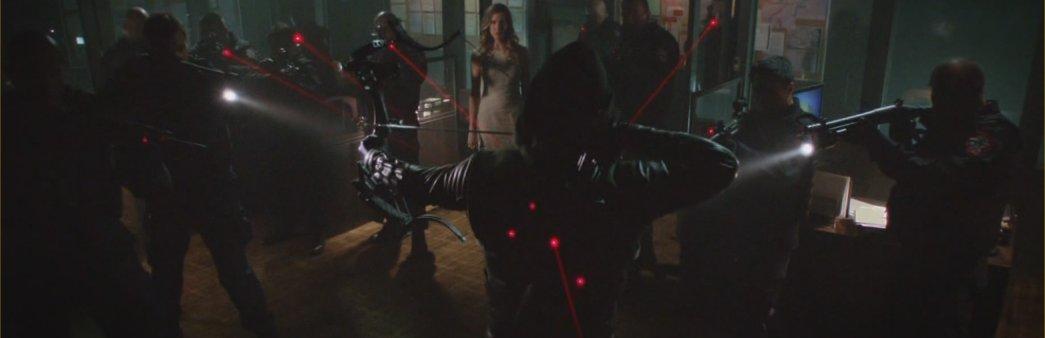 Arrow, Broken Dolls, Season 2 Episode 3, Oliver, Laurel