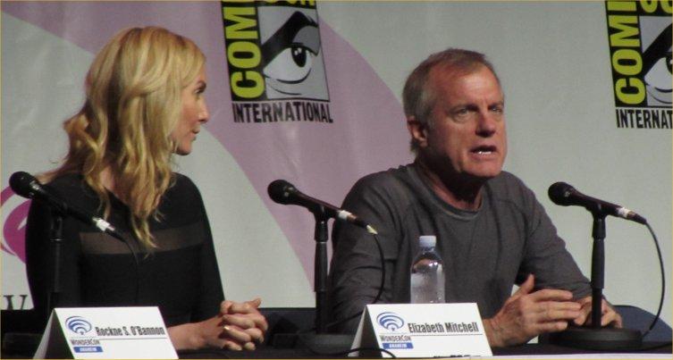 WonderCon, Revolution, Elizabeth Mitchell, Stephen Collins