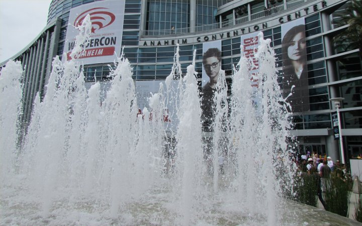 WonderCon fountain