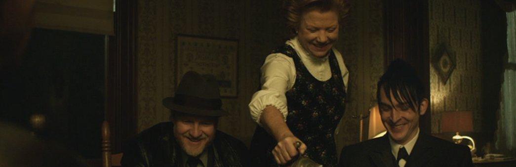 Gotham, Season 1 Episode 18, Everyone Has a Cobblepot