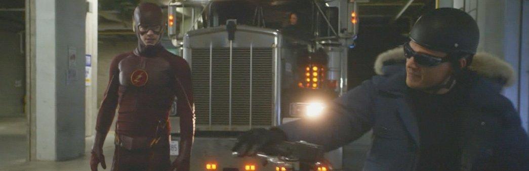 The Flash, Season 1 Episode 22, Rogue Air