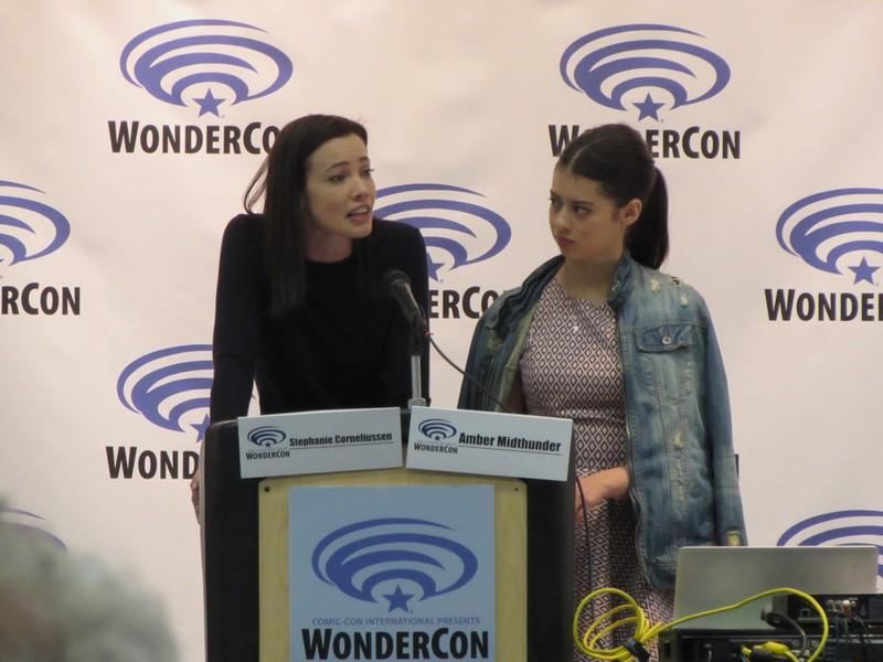 WonderCon 2017, Stephanie Corneliussen, Amber Midthunder