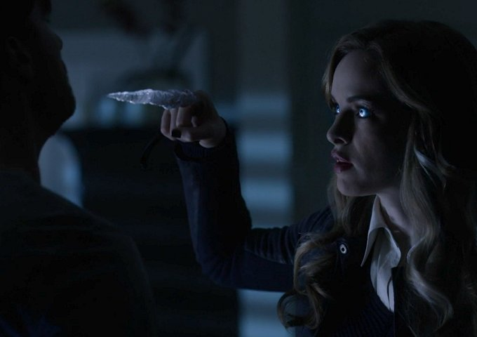 The Flash Recap: Killer Frost - Episode 307 - GBReviews
